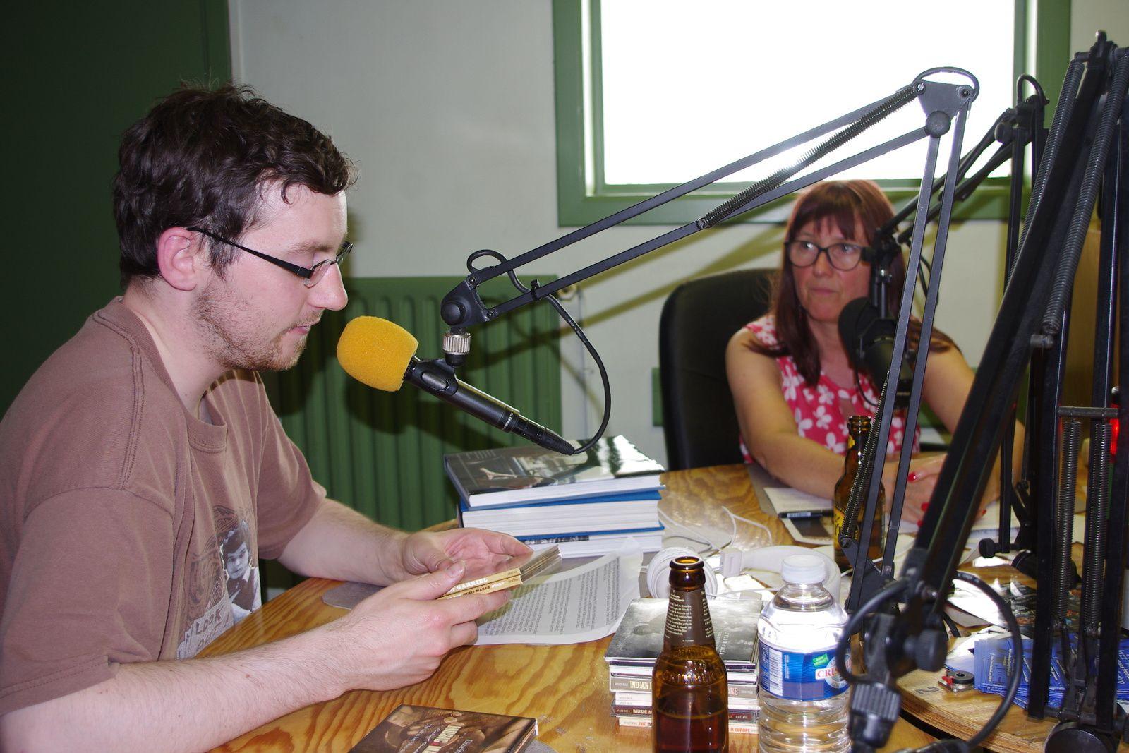 """Victor """"Bluesland"""" en studio avec Marie à RQC95FM"""