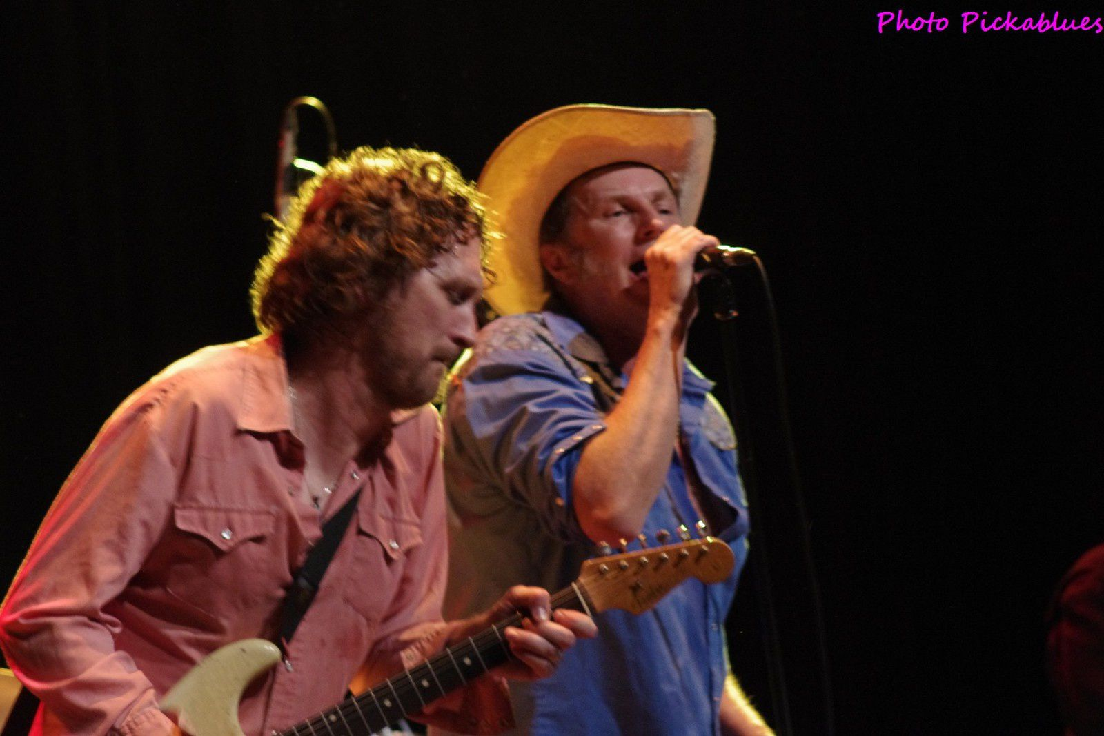 Johnny Moeller & Mike Barfield & The Ozdemirs - 12/02/2016 - Seven Nights to Blues, St André lez Lille (59)