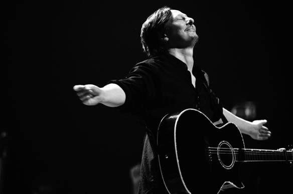 François Staal sera en concert au divan du Monde les 04 et 05 Janvier 2013 : tickets : http://www.PLEMI.COM