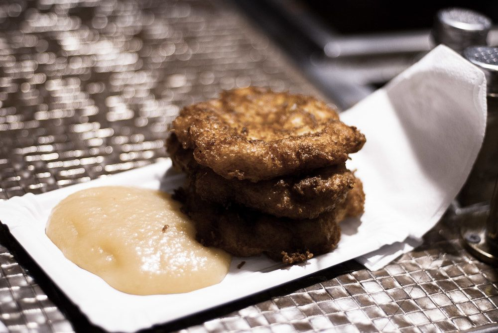 Kartoffelpuffer: shallow-fried potato pancakes served with apple sauce!