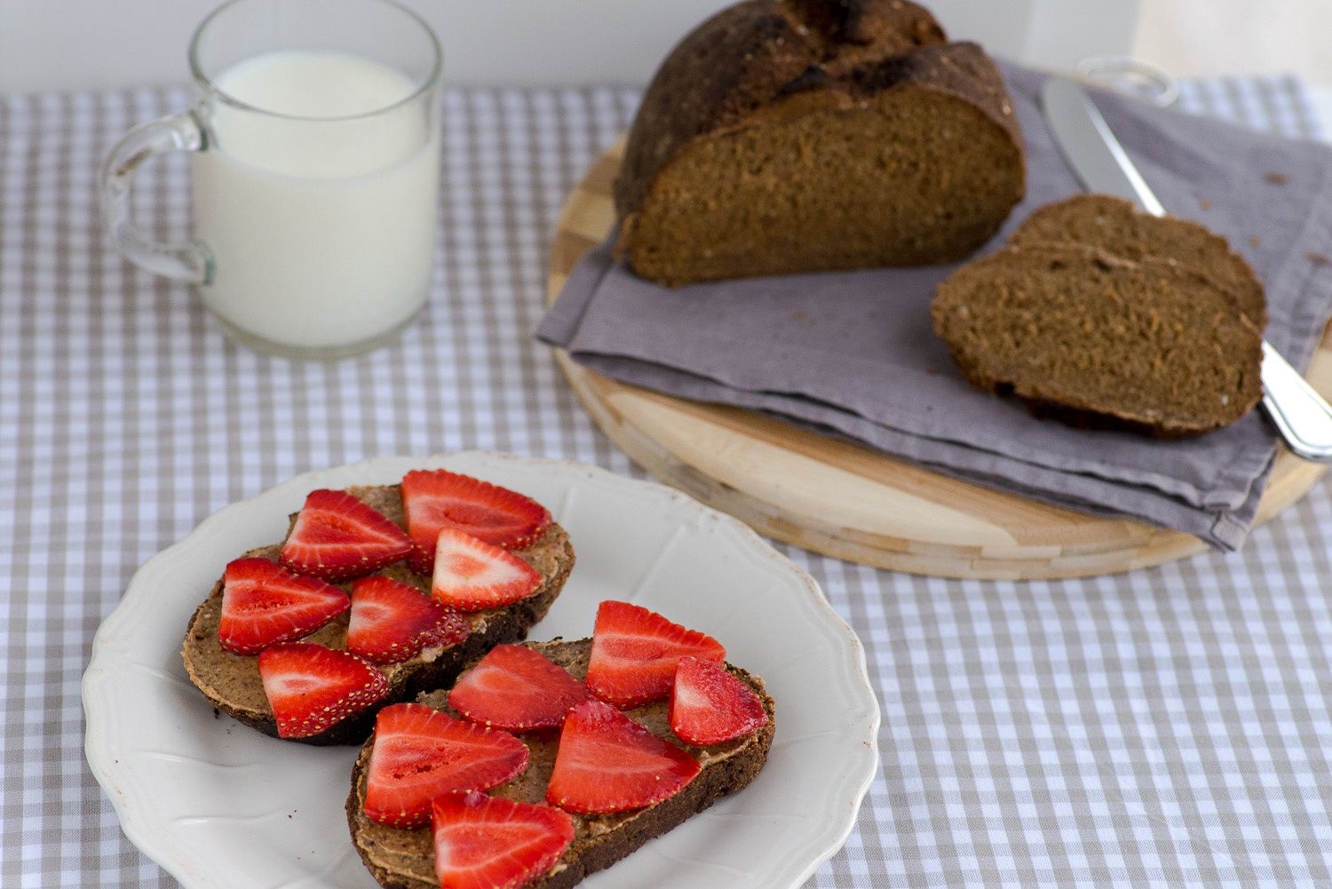 Molasses Oatmeal Bread with Almond Butter &amp&#x3B; Strawberries