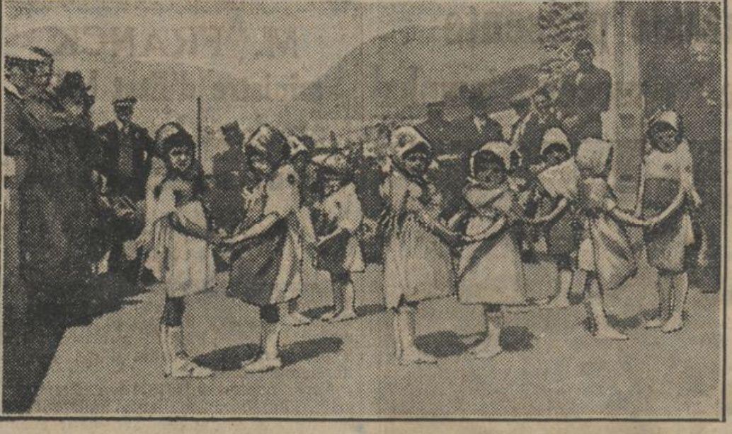 photo prise lors de l'innauguration du centre d'Aigueblanche