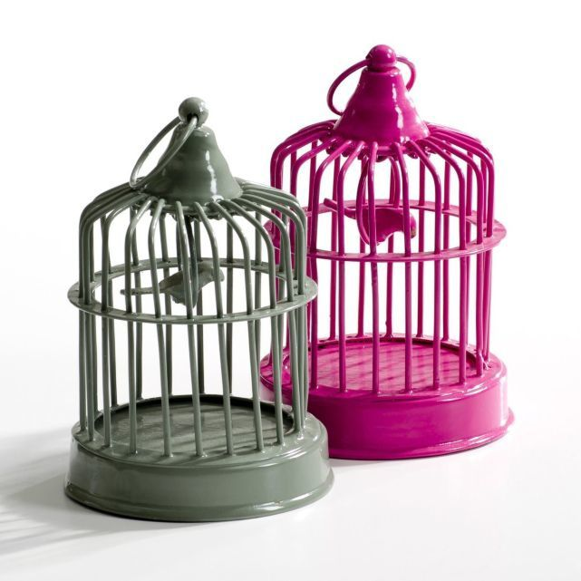 http://www.laredoute.fr/vente-mini-cages-a-oiseaux-lot-de-2-piaf.aspx?productid=324368808&documentid=999999&categoryid=0&customertarget=0&offertype=0&prodcolor=1&source=search#pos=2_n_n_n_n_n_n&numberpage=1