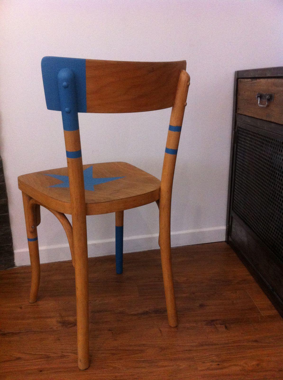 Chaise de bistrot relookée