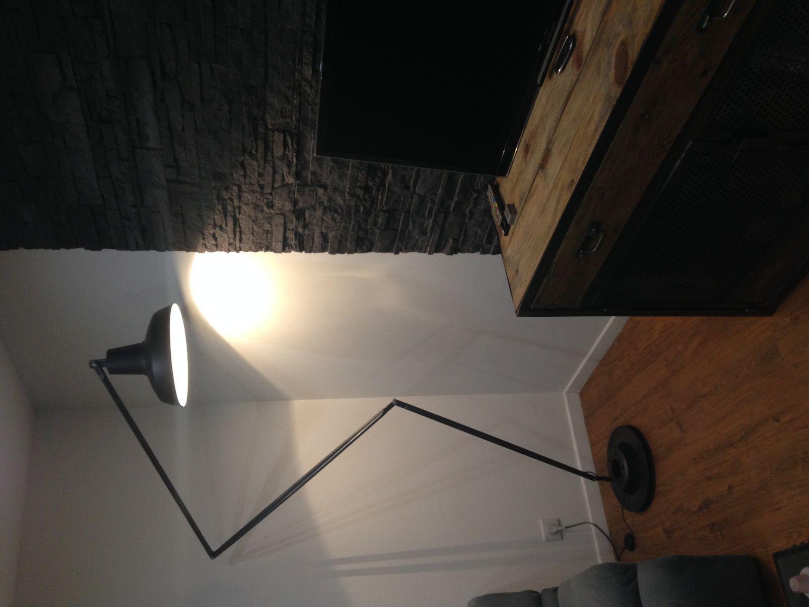 Création d'une lampe de style industriel