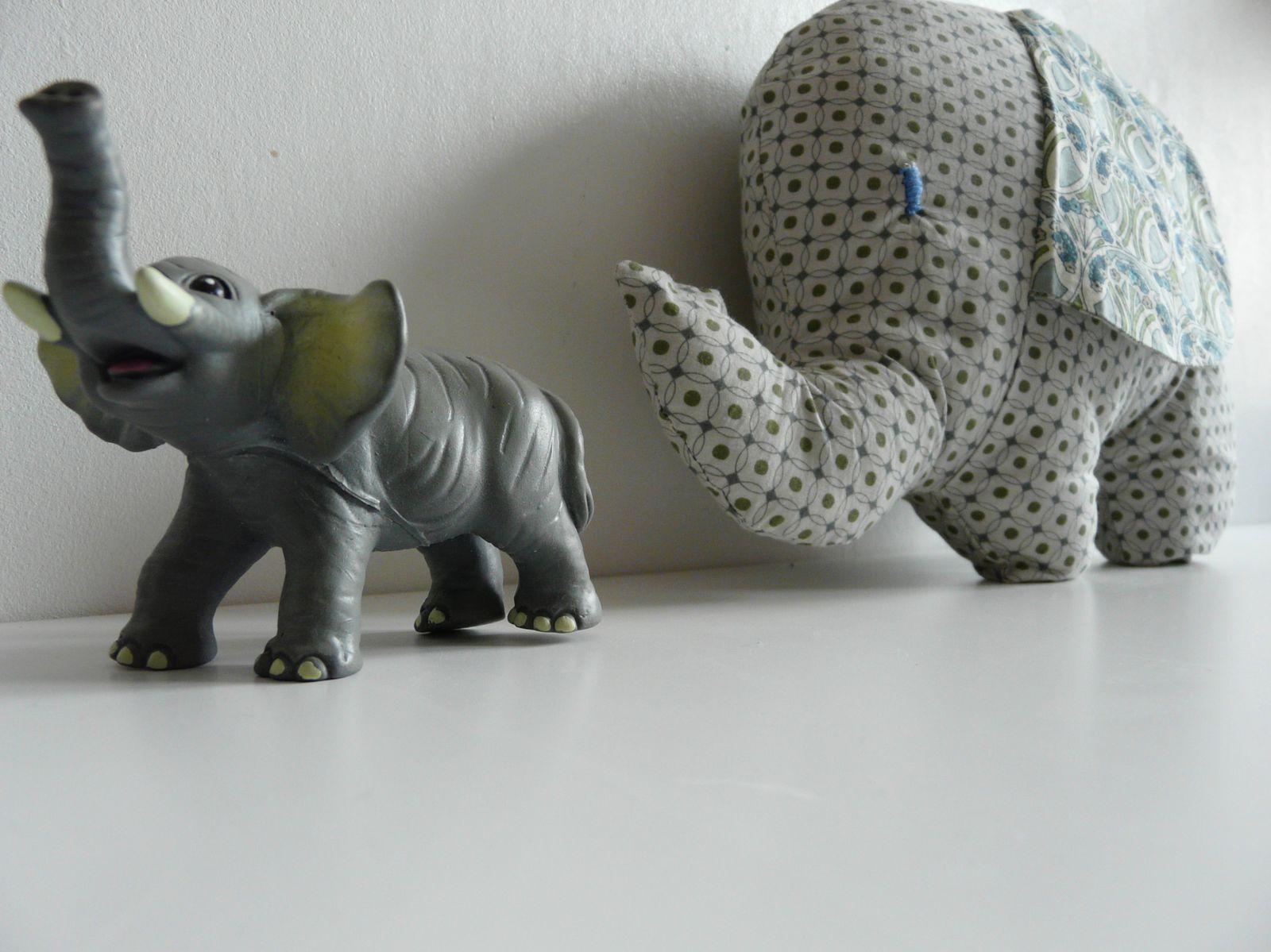 A big elephant for un little boy