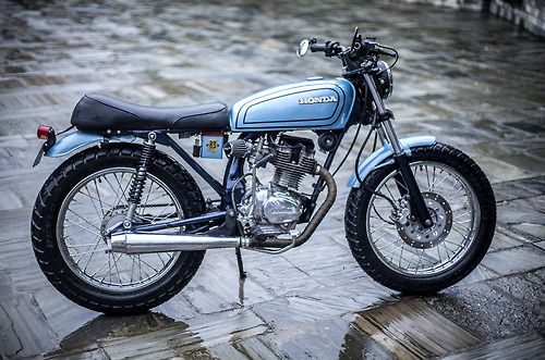 source : http://cafestitsandotherbits.tumblr.com/post/76243511320/motoblogcl-nepals-rs-moto-gc125