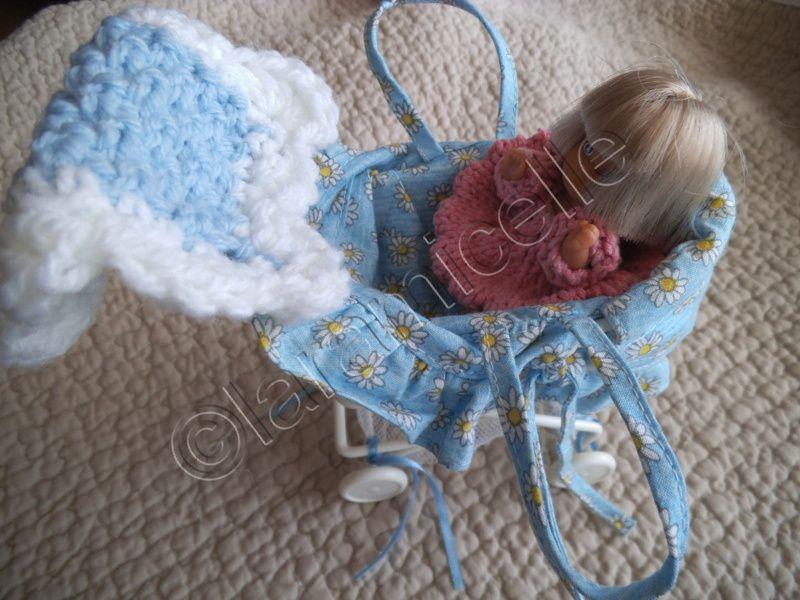 tuto gratuit  mini poupée bébé: robe base dents de chat et couverture