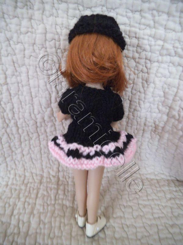 tuto gratuit poupée : jupe en forme et toque