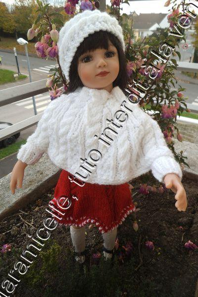 La poupée Maru a froid et met son poncho