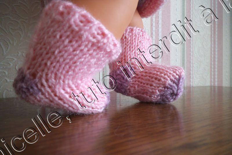 tuto gratuit poupée : paire de chaussettes bicolores