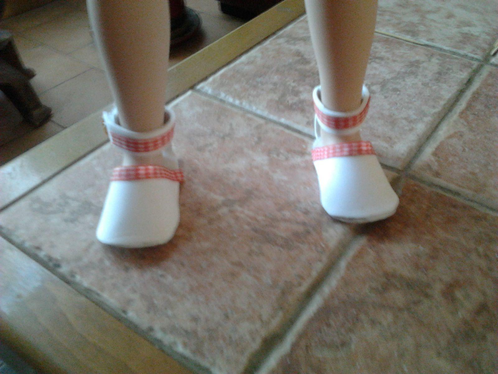 patron gratuit de chaussures de poupées