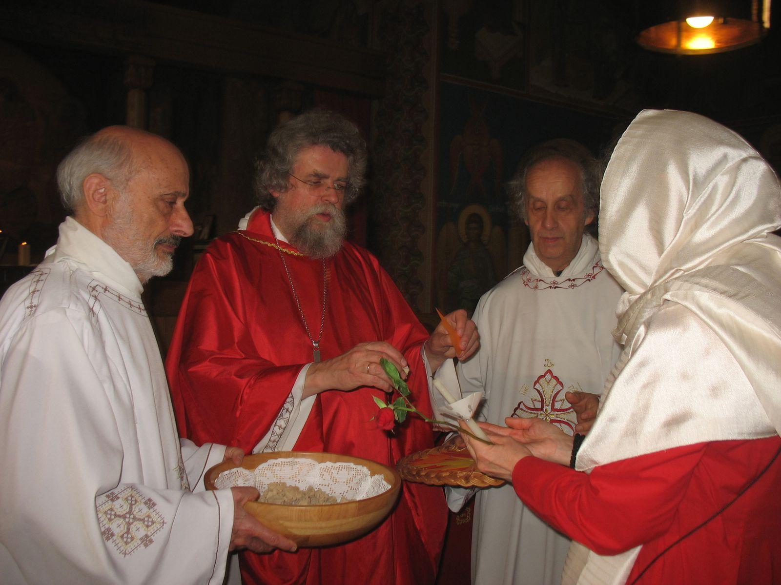 Chants et photos de la Pentecôte à Béthanie