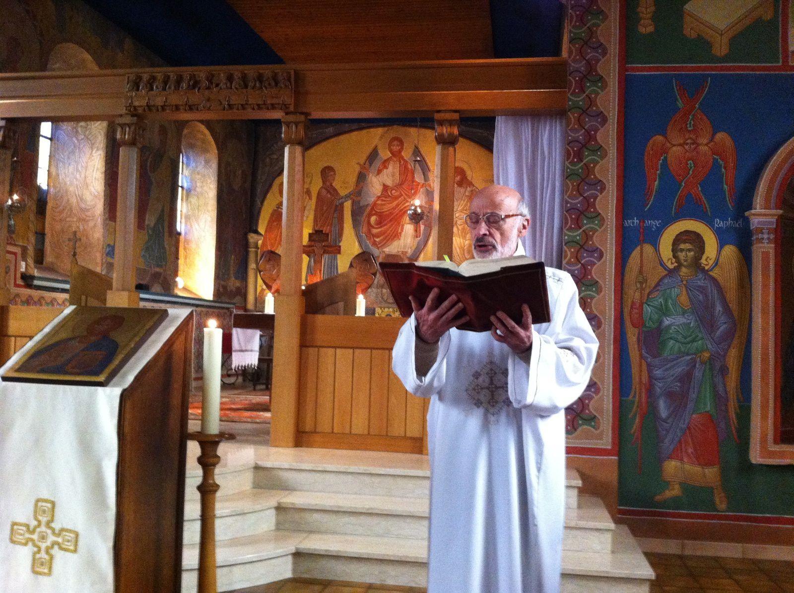 Photos, vidéo et chants de Noël à Béthanie