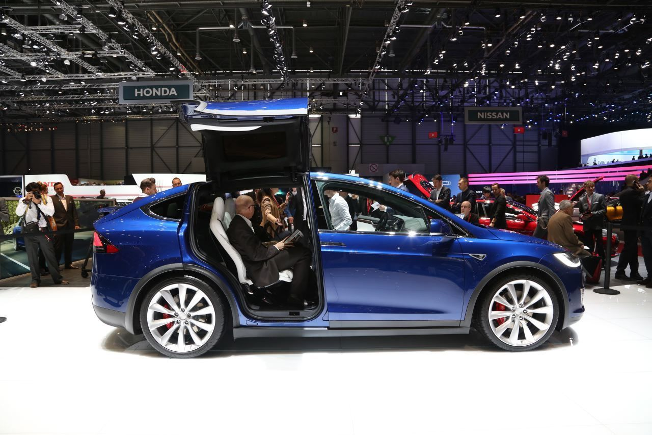 tesla model 3 derni res heures avant la pr sentation mondiale franceauto actu actualit. Black Bedroom Furniture Sets. Home Design Ideas