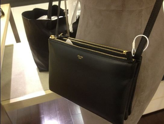 MUST HAVE BAG : TRIO BY CELINE
