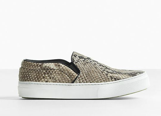 TENDANCE : Les slip on sneakers 'type VANS'