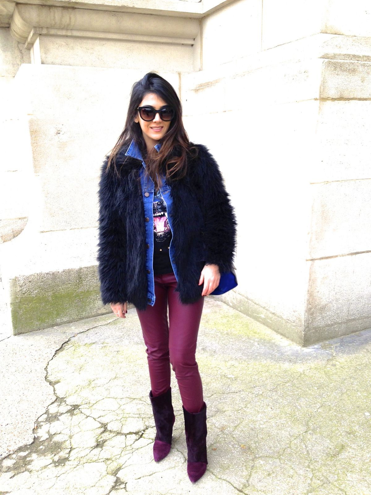 Im wearing : Asos Faux fur and Denim Jacket , H&M pant, Isabel Marant boots and Celine bag, Thierry Lasry sunglasses ( Lively model)