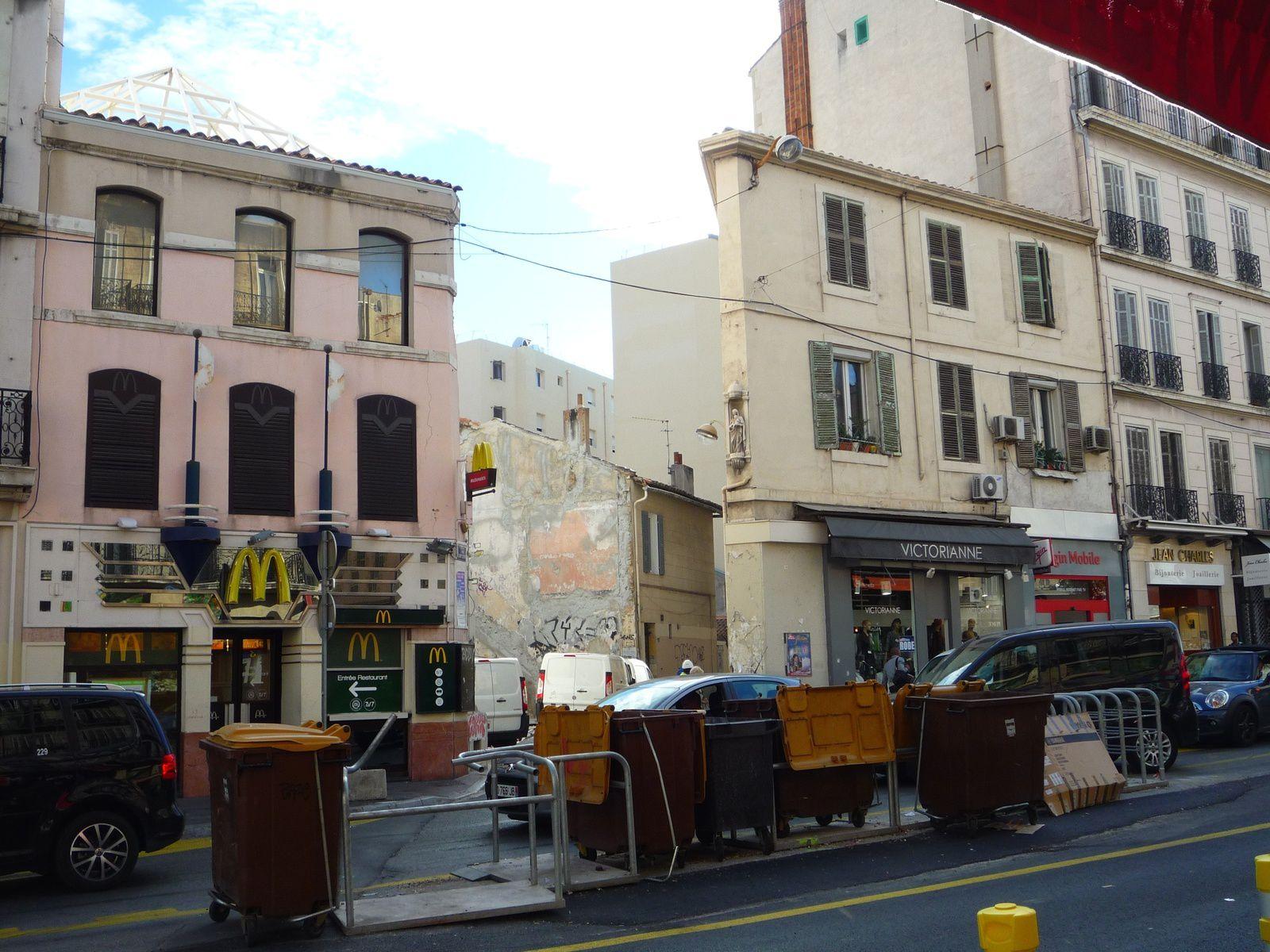 Rue de Rome, à proximité de Castellane en septembre 2013