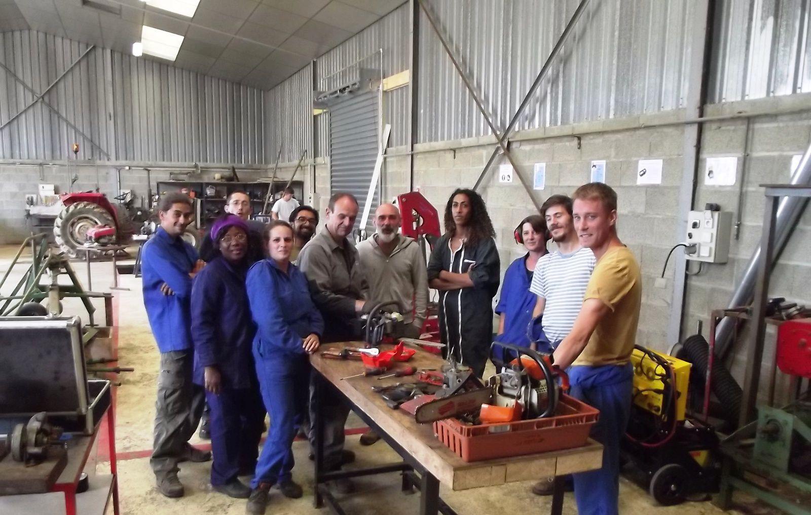 Place à de la formation en atelier avec notre formateur Bruno et où chacun a ramené son propre matériel…. Explications et Révisions faites !!!!!
