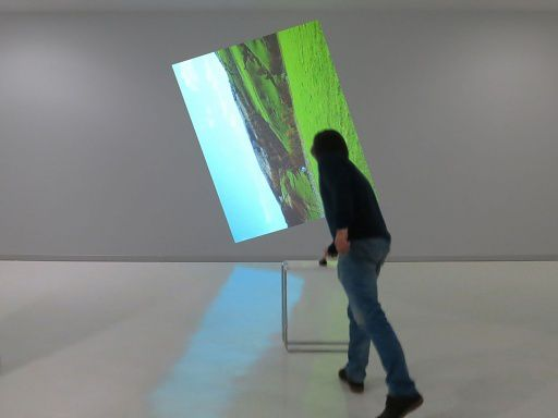 Claude Closky, Going Around In Circles (Essex), 2013, interactive video installation