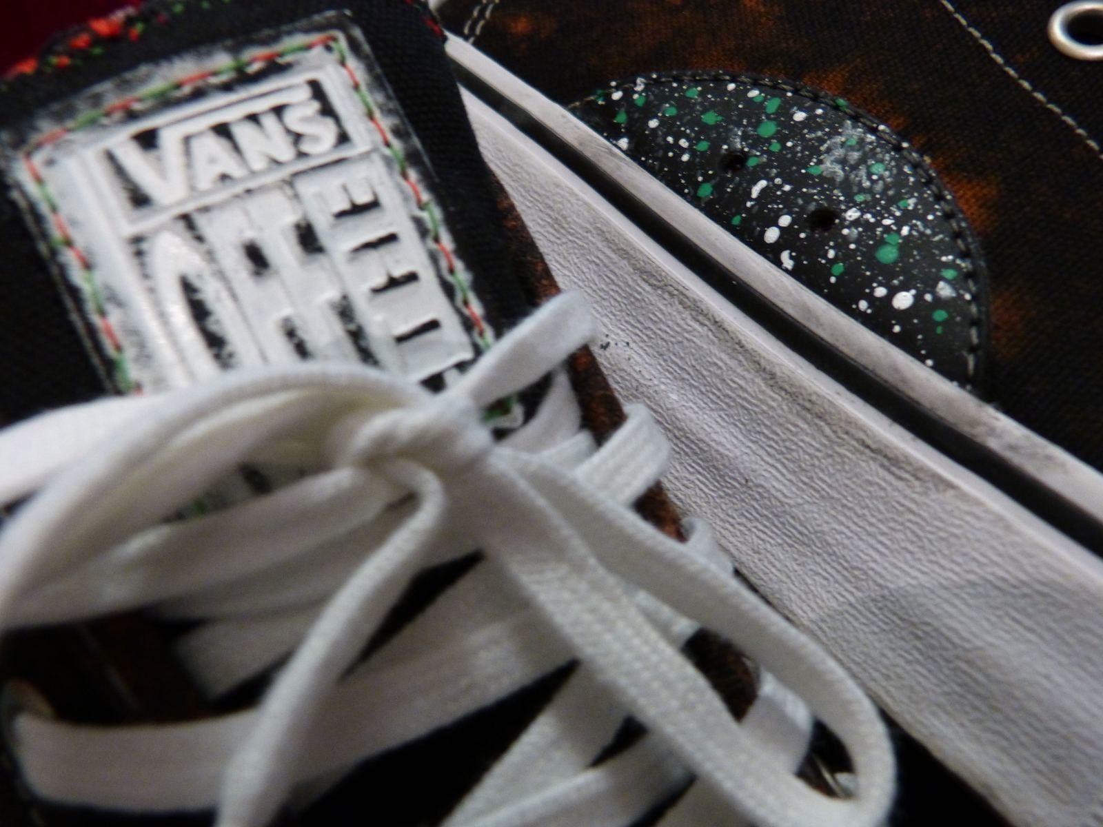 V.Custom #3 AVE PRO BlackBleachSplash