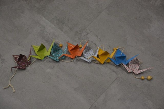 Une guirlande en origami