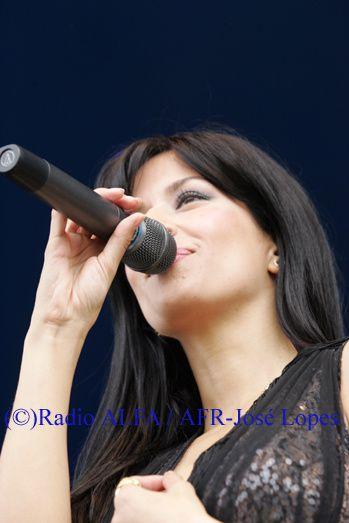 Ana Moura esteve presente na Festa da Radio ALFA e dos Santos Populares