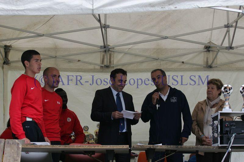 01 06 2014 Remise des prix du Tournoi de foot (US Lusitanos de St. Maur)