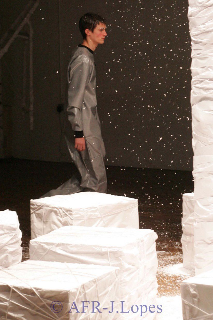 Coleção Outono - Inverno de Hugo Costa em Paris