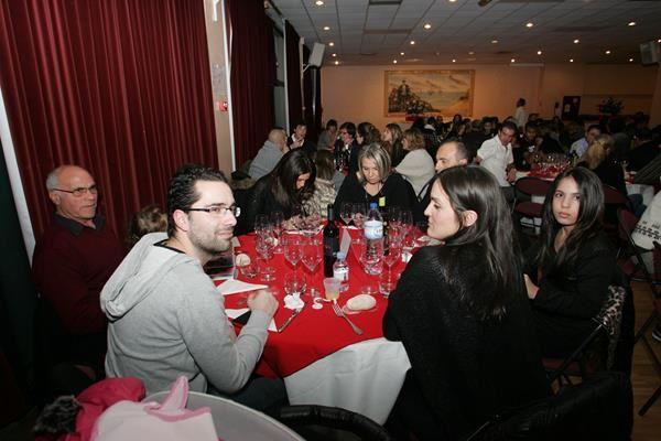 Central Pose (Fête dîner de fin d'année)