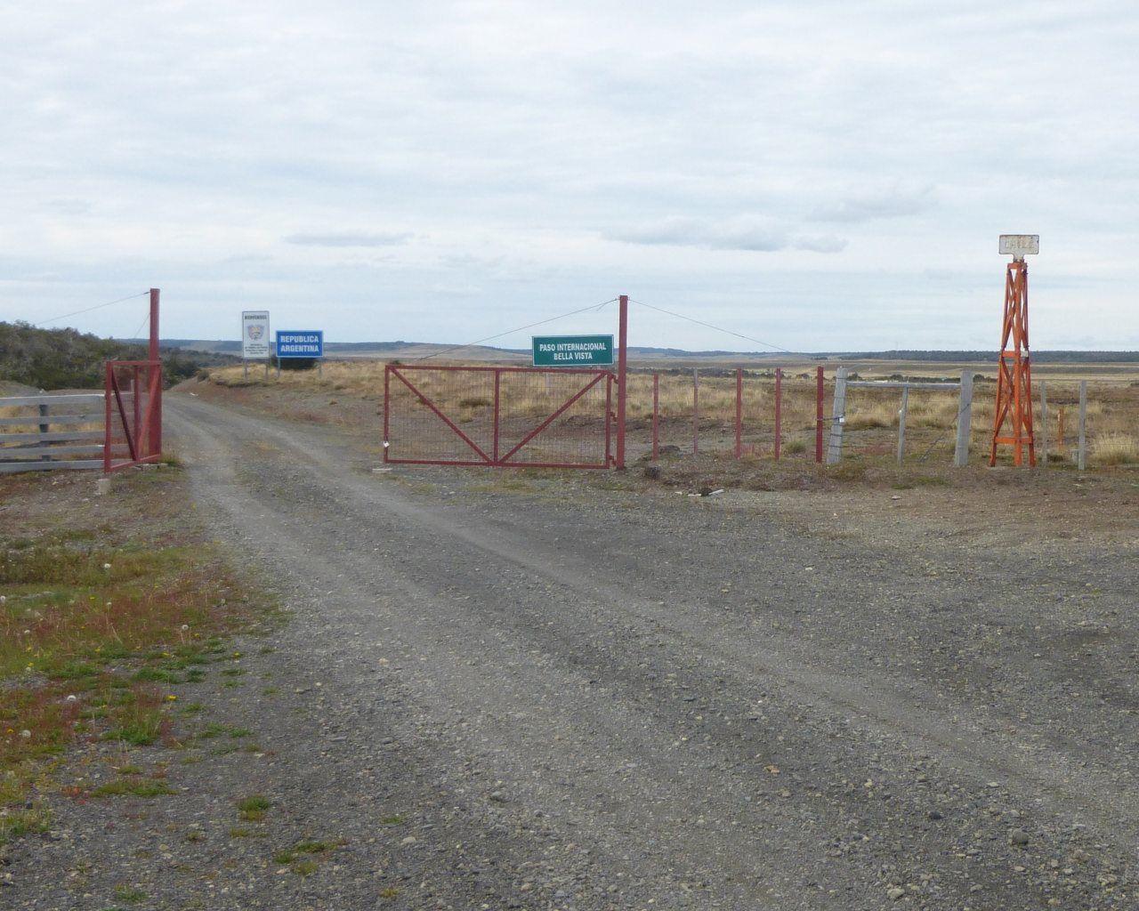 Heureusement le portail de la frontière était ouvert !