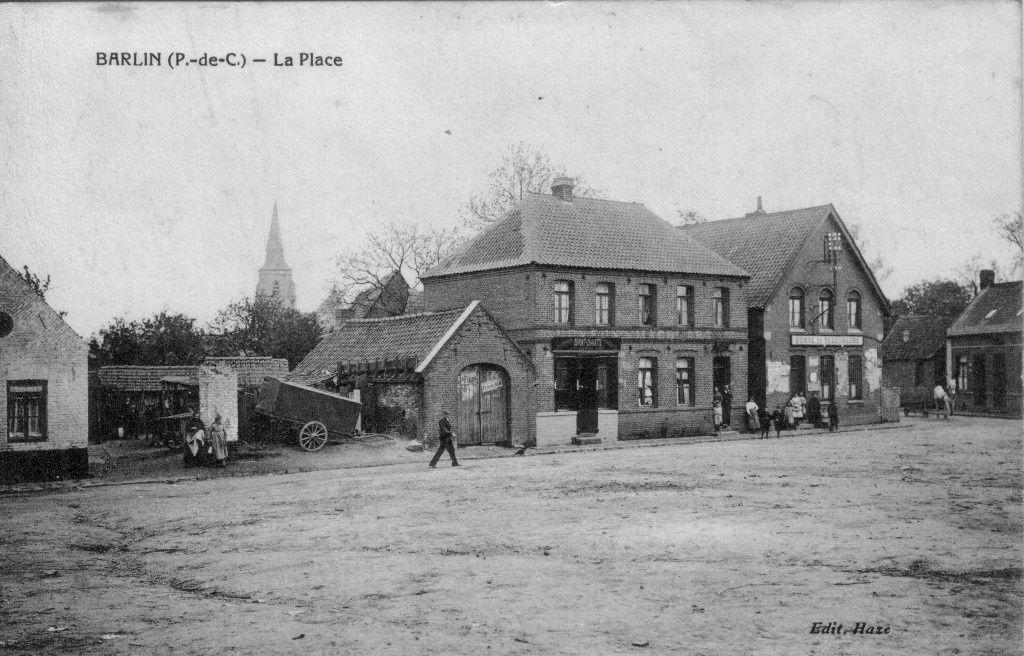 La Grand' Place de Barlin au début du siècle dernier