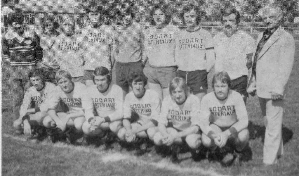 L'équipe première avec le président Joseph Brabant