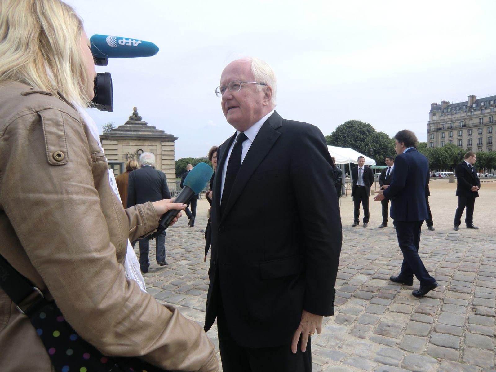 Michel Vauzelle interwievé par l'AFP