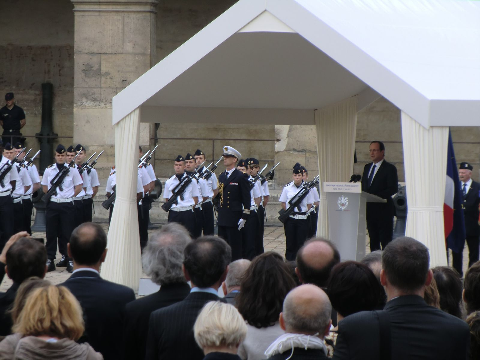 Hommage National à Pierre MAUROY (11/06/2013)