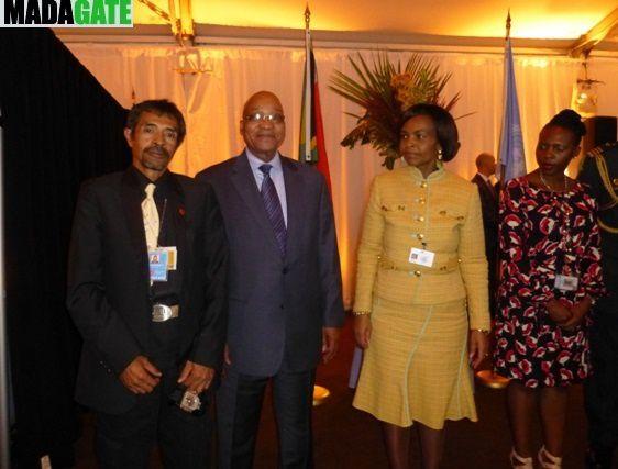 Jeannot Ramambazafy sy Jacob Zuma mivady, tao New York, ny 26 Septambra 2012&#x3B;