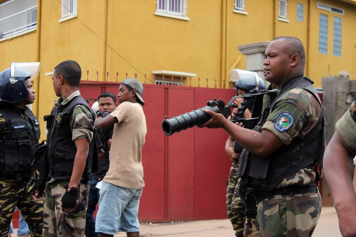 Les bras armés du régime de tontons macoutes à la malgache