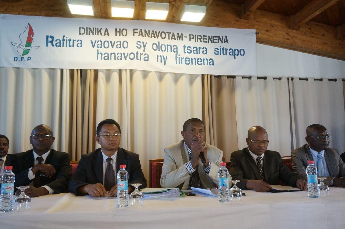 Antananarivo, hôtel Panorama, 18 Août 2016. « Dinika ho Fanavotam-Pirenena »
