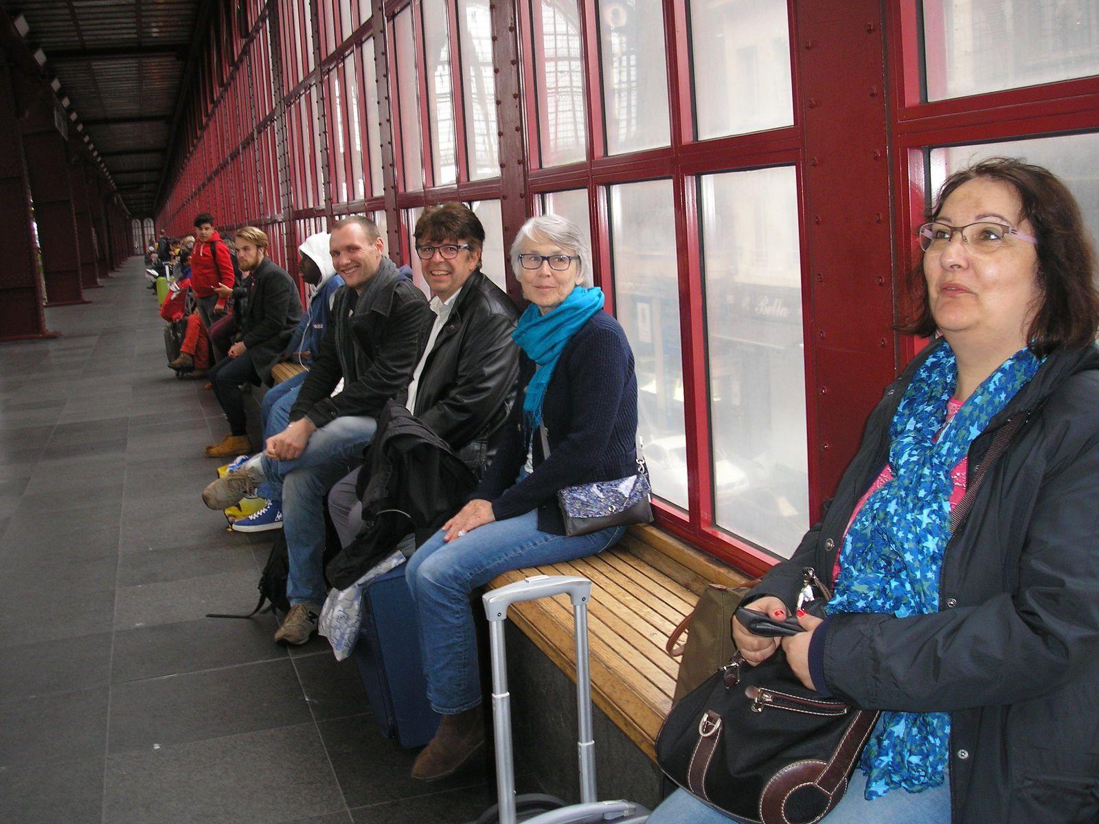 En attendant le train pour rentrer