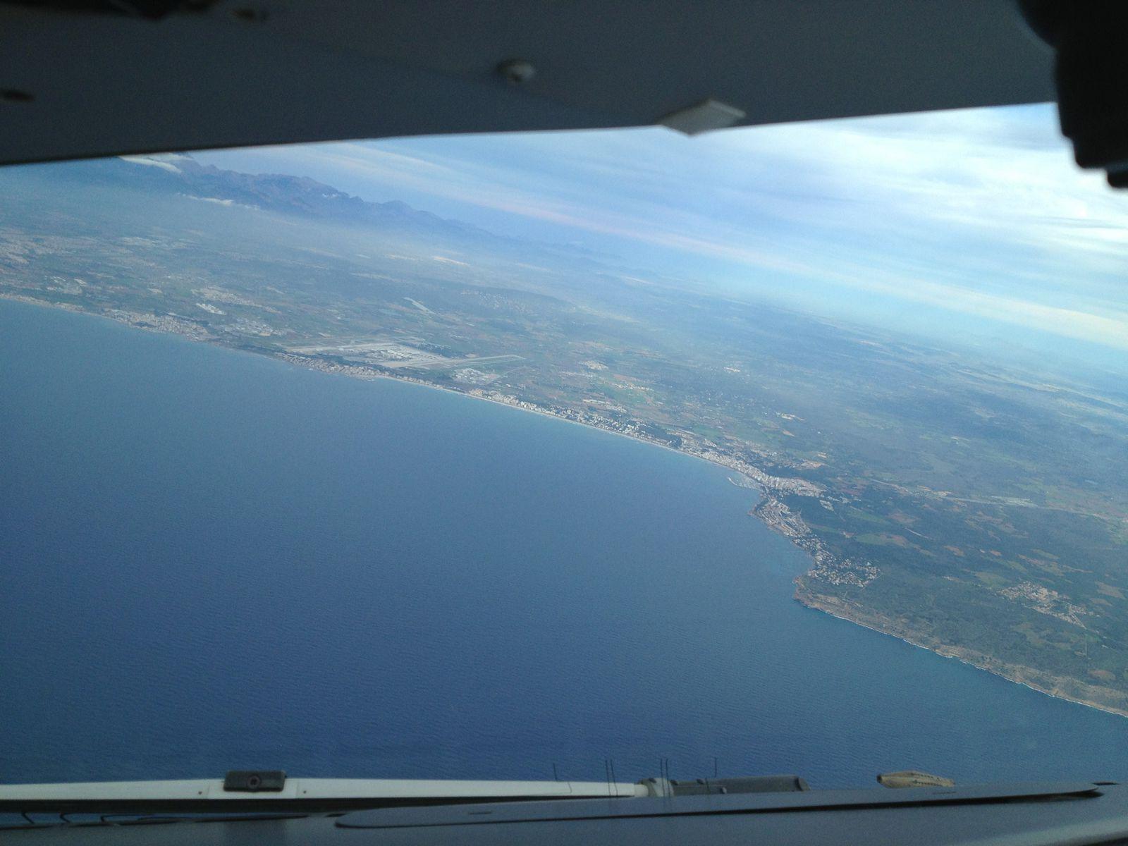L'aéroport vu depuis le sud en montée vers notre niveau de croisière