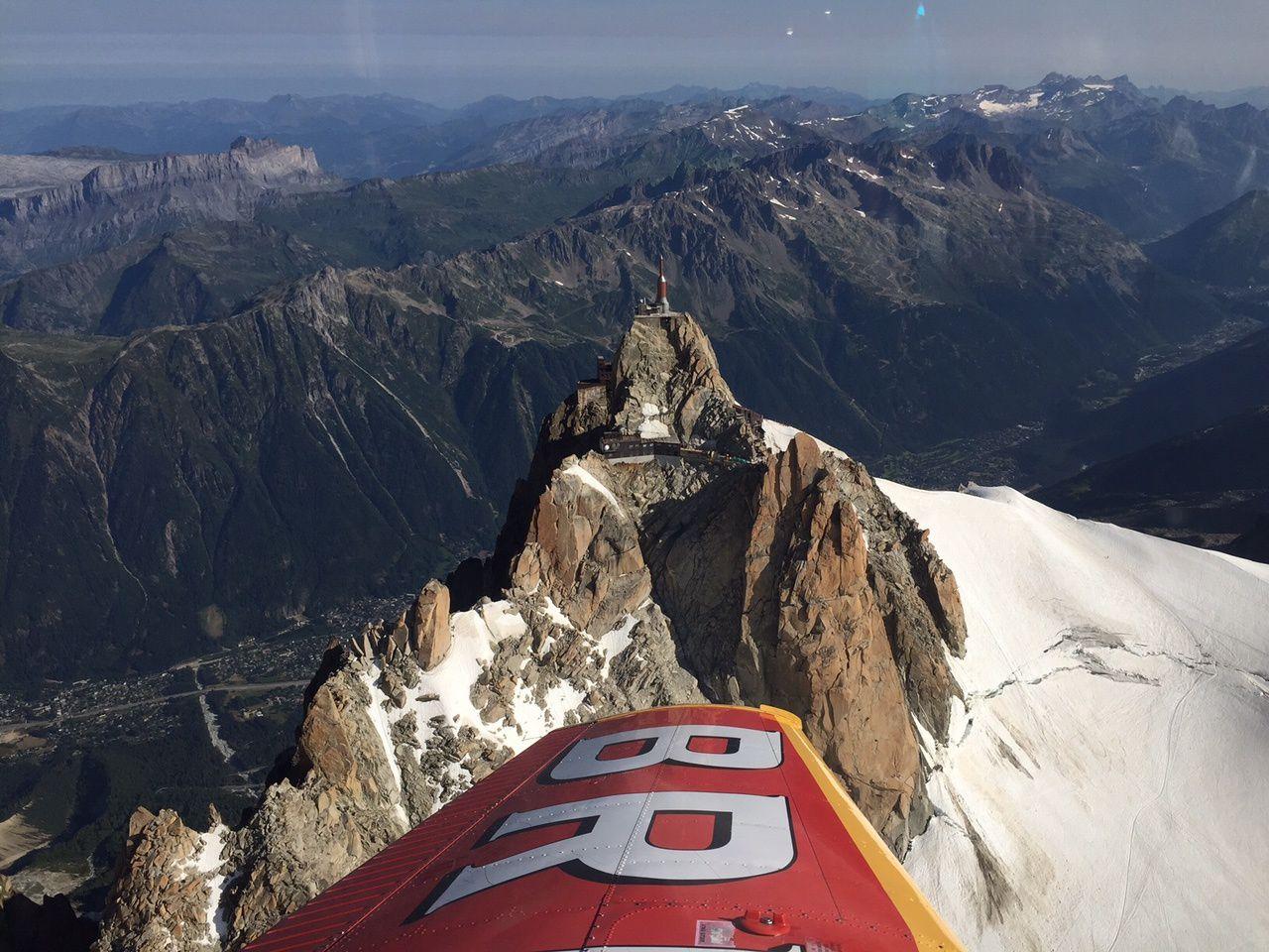 Vidéo du survol de l'Aiguille-du-Midi (Mont-Blanc)
