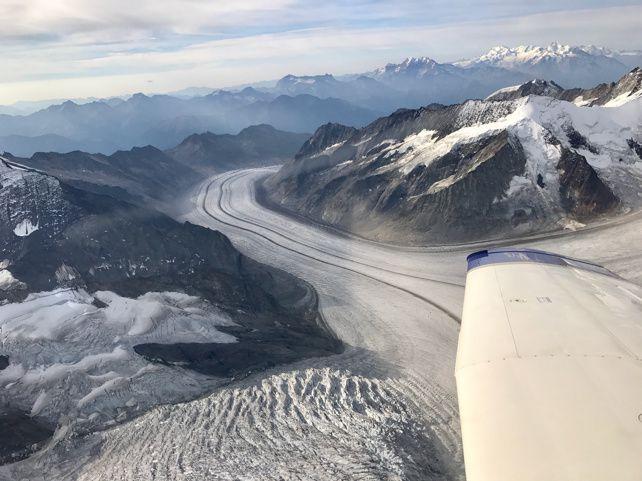Lausanne-Sion par la Jungfrau et le Mont-Blanc en Piper Saratoga