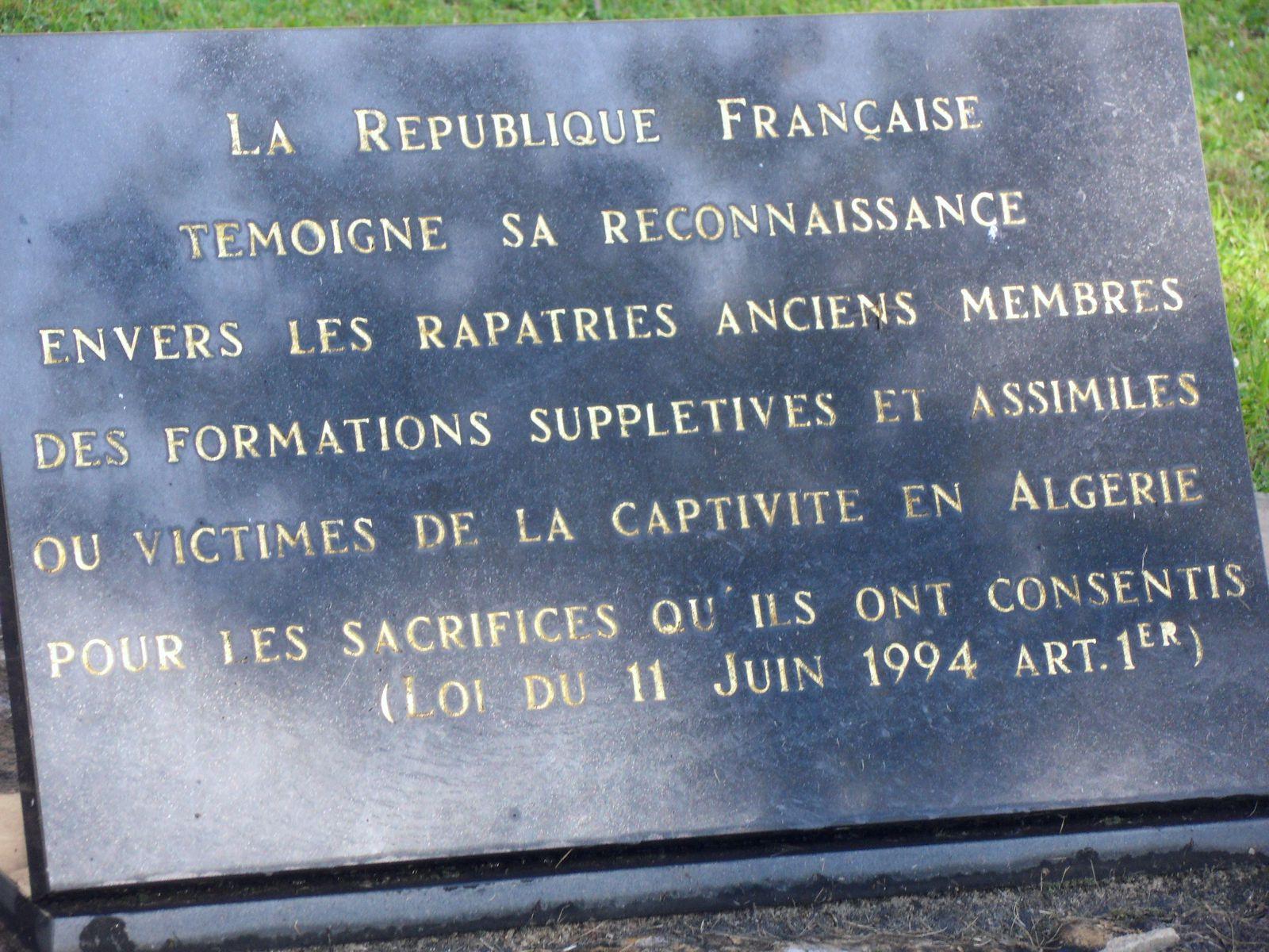 Photos Roland PICAUD: Cérémonie à Saint-Etienne avec prise d'armes avec le 1er Régiment de Spahis de Valence en tenue de tradition et de la musique de l'Infanterie de Lyon