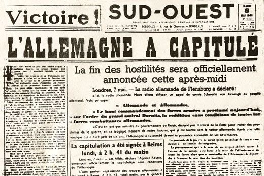 DOSSIER: 1945 QUAND LA PRESSE RELATAIT LA CAPITULATION ALLEMANDE ET LA LIBÉRATION DE LA FRANCE