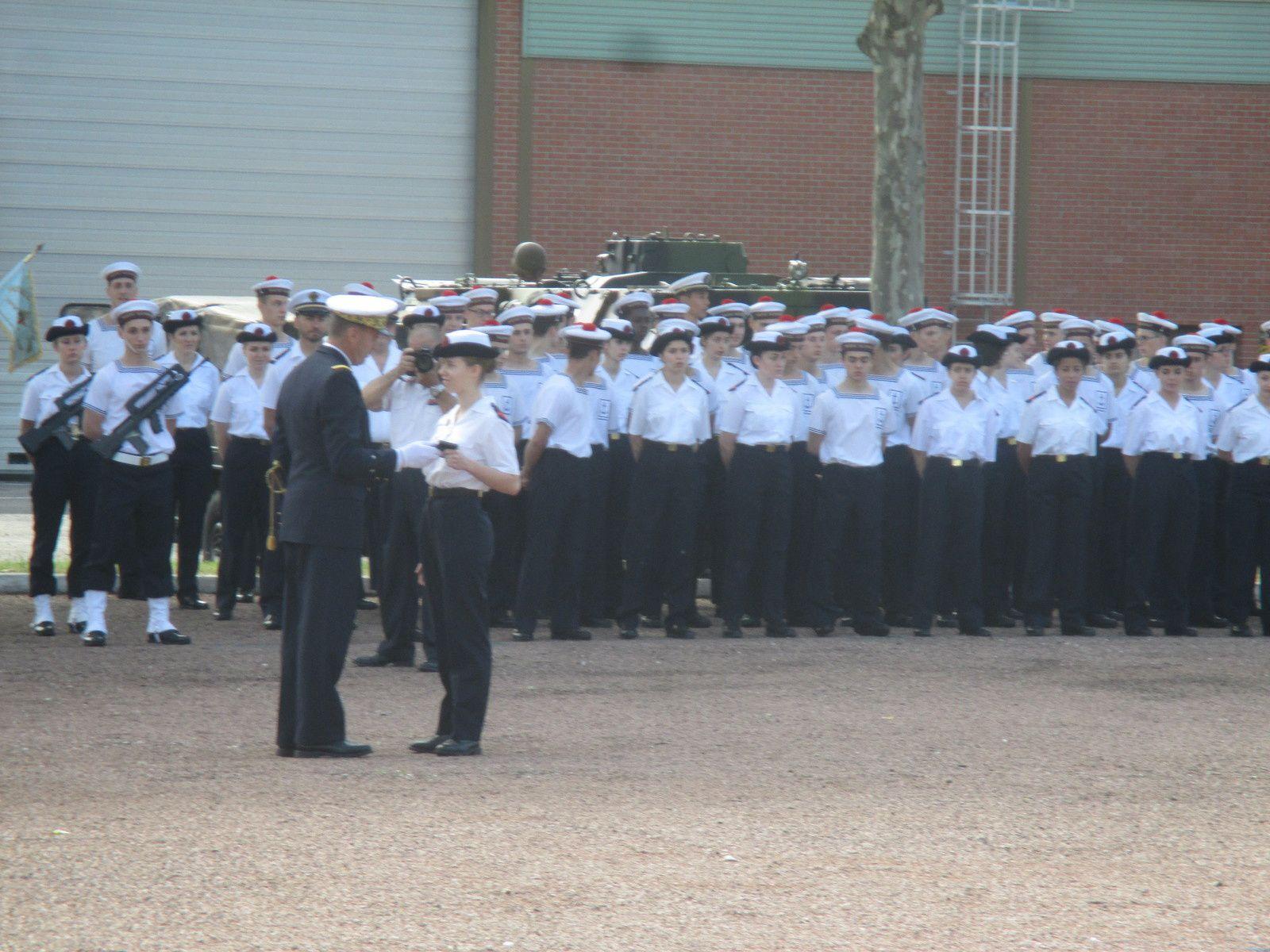 Major de Promotion honorée par le Contre Amiral Bernard VELLY