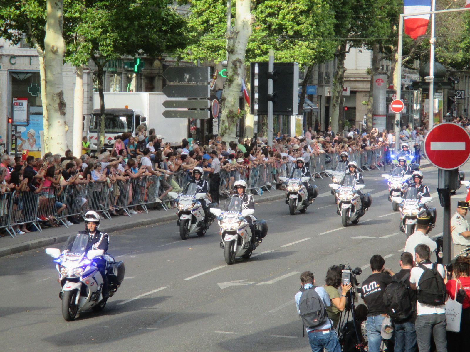 Photos Roland PICAUD: Motards de la Police Nationale