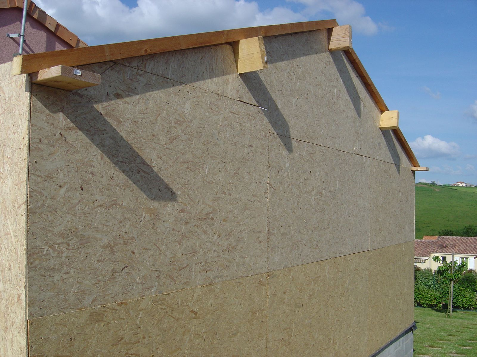Autoconstruction d 39 un garage ossature bois for Poser du carrelage sur osb
