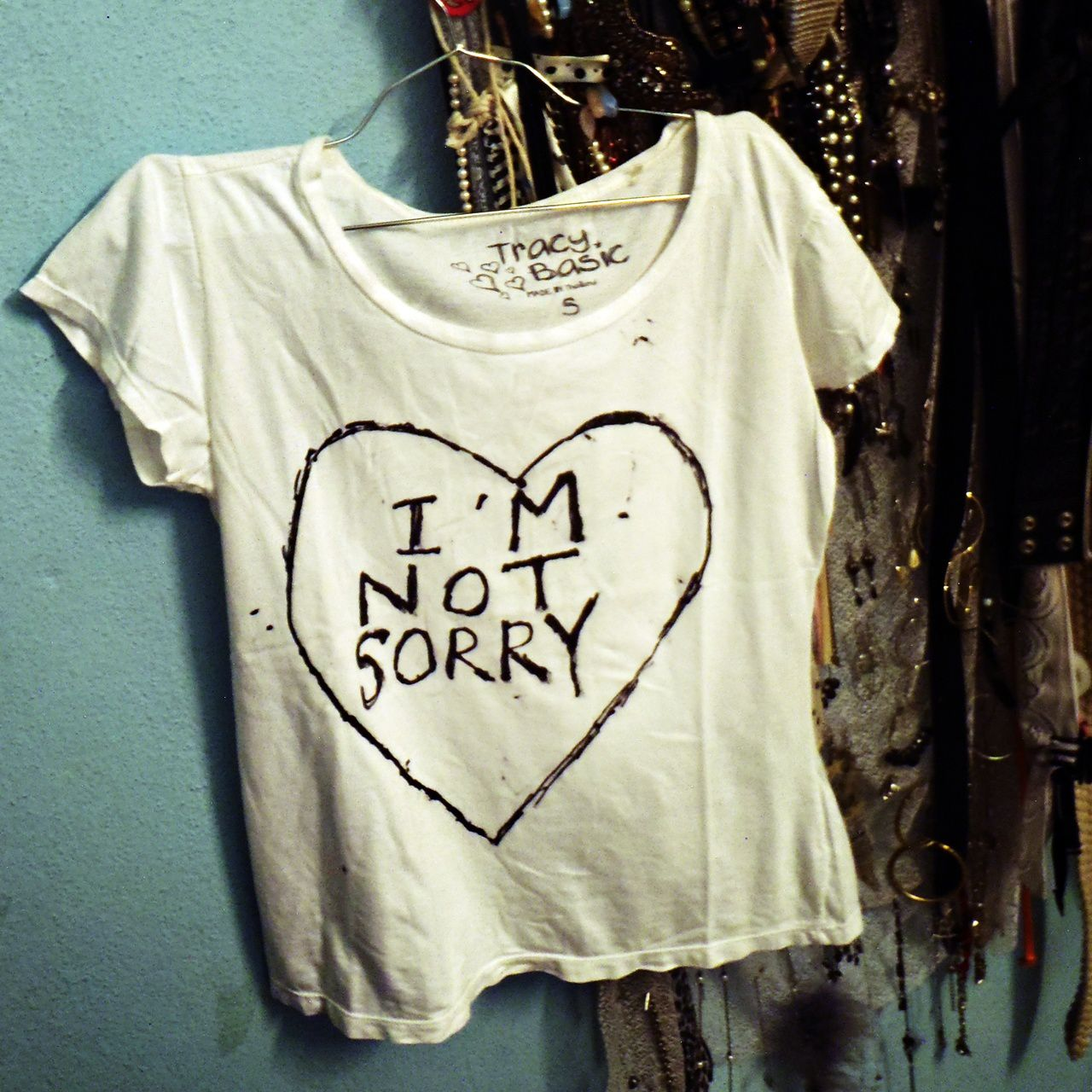 DIY: I'm Not Sorry T-shirt