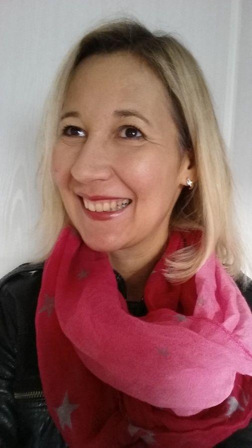 Partir travailler avec un de mes foulards préféré..#défi rose#